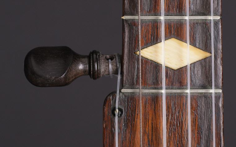 1870banjo-detail2_reverse